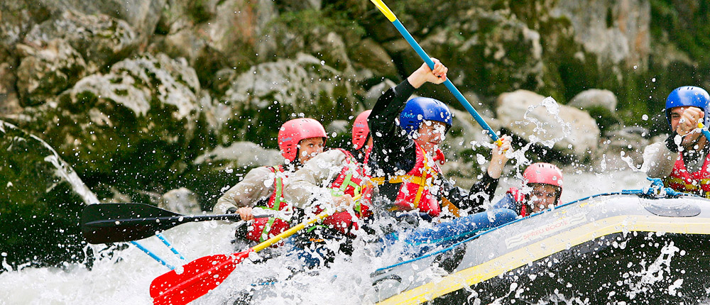 Wildwasser-Rafting im Team